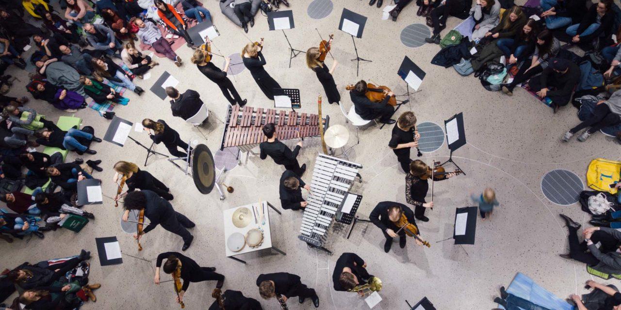 Das magische Orchester im Schloss Landestrost